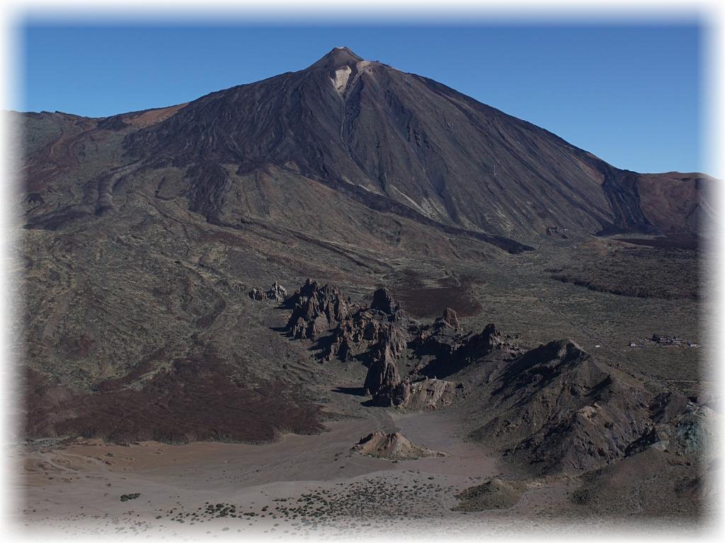 Pico del Teide, drzemiący wulkan, najwyższy szczyt Teneryfy.