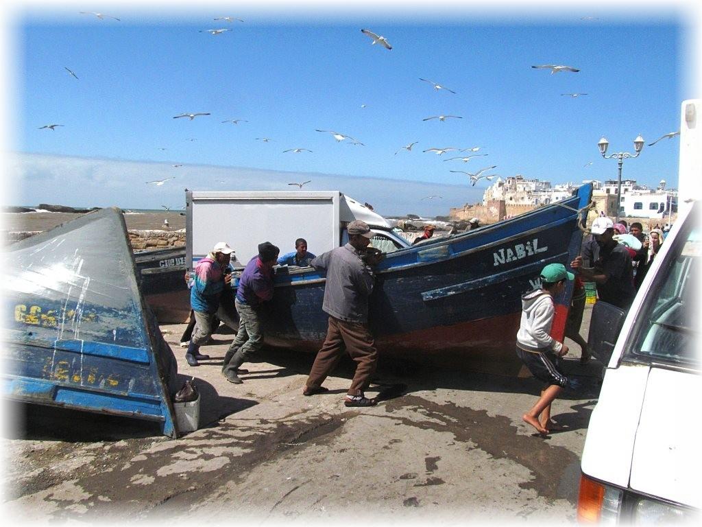Warte odwiedzin miasto na atlantyckim wybrzeżu, ważny port morski, dawna twierdza Mogador.
